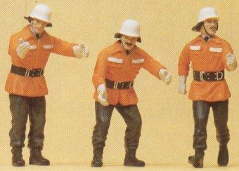 Preiser 57563 - FRG firemen in act 1:24