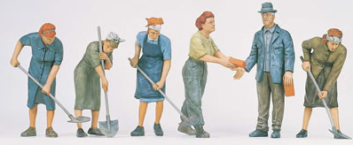Preiser 64011 - Women Digging In Ruins