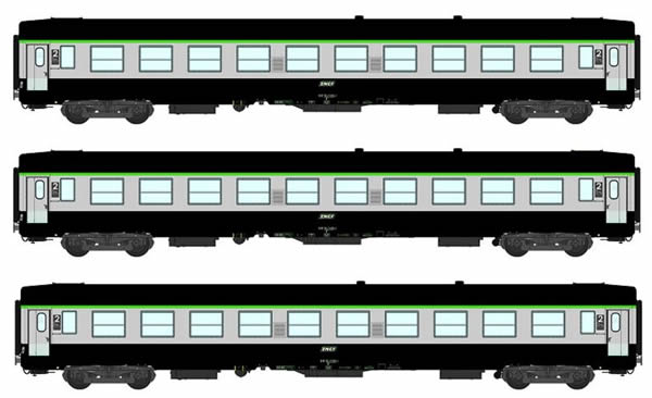 REE Modeles VB-070 - 2nd Class French 3pc Passenger Coach Set B10 Green scrubland 302