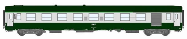 REE Modeles VB-124 - 2nd Class French Passenger Coach B7D Green scrubland 302