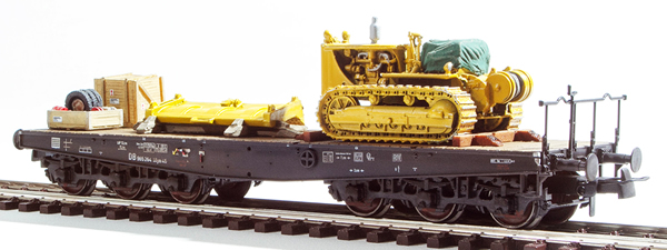 REI Models 20320 - Heavy Bulldozer Transport ( Hand Weathered & Painted)
