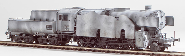 REI Models 22228WC - German Steam Locomotive BR 42 of the DRB Winter Camo Armor Plating (SOUND)