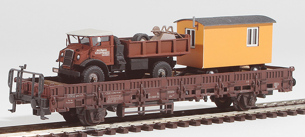 REI Models 46942 - Heavy Dump Truck & Construction Trailer Transport (Hand Weathered & Painted)
