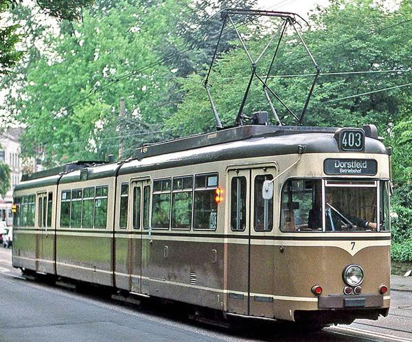 Rivarossi HR2859 - Tram, DUEWAG GT8, Dortmund, brown/beige livery