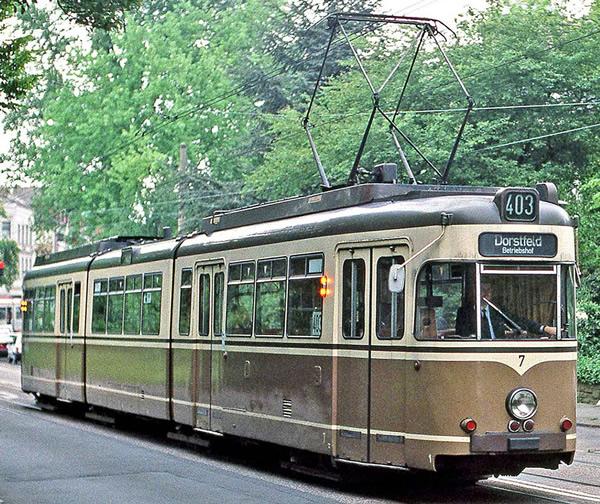 Rivarossi HR2859D - Tram, DUEWAG GT8, Dortmund, brown/beige livery