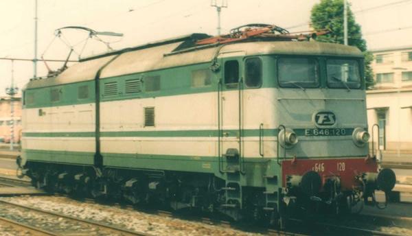 Rivarossi HR2869 - Italian Electric locomotive E.646, 2nd series of the FS