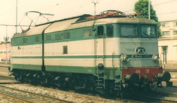 Rivarossi HR2869S - Italian Electric locomotive E.646, 2nd series of the FS (DCC Sound Decoder)