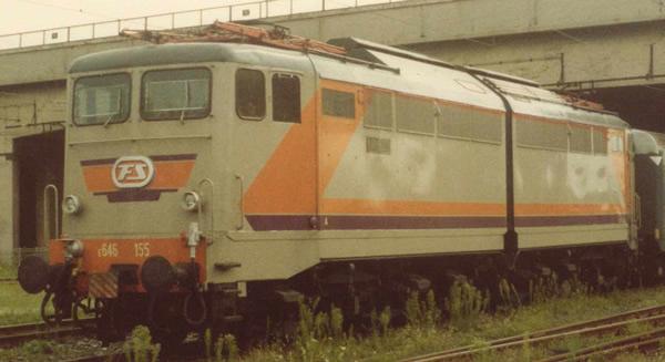 Rivarossi HR2871 - Italian Electric locomotive E.646 Navetta of the FS