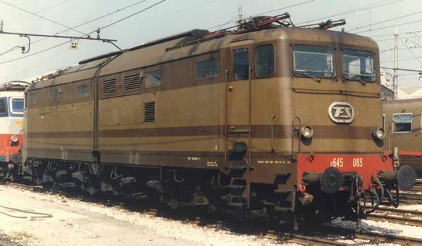 Rivarossi HR2872 - Italian Electric locomotive E.645, castano/isabella of the FS