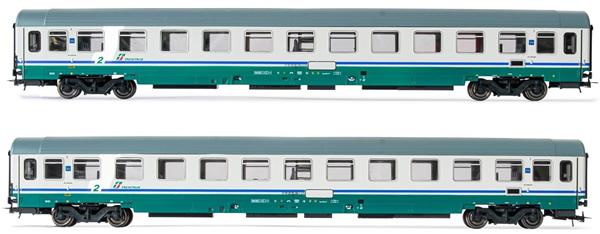 Rivarossi HR4282 - 2pc 2nd Class Passenger coaches type UIC-Z