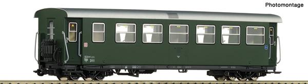 Roco 34031 - Austrian 2nd Class Passenger Car of the ÖBB