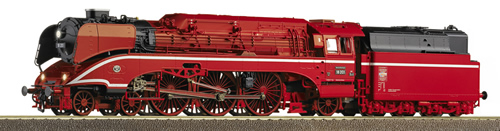 Roco 36027 - Steam Locomotive BR 18 201 DB AG in red paint