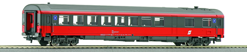 Roco 44647 - Austrian Dining Car Trainristo of the OBB