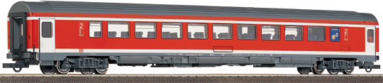 Roco 45049 - 2nd Class Suburban Coach w/ SnackpointDISCONTINUED