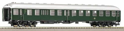 Roco 45794 - 2nd Class Car w/ Center Door