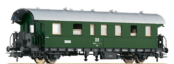 Roco 54202 - German 2nd Class Passenger Car of the DR