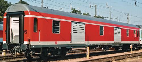 Roco 64913 - German Luggage Car of the DB AG