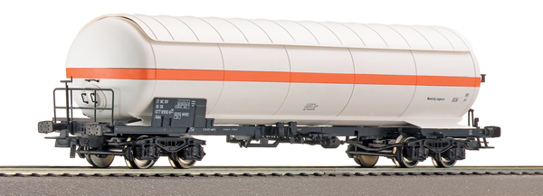 Roco 66466 - German Pressure gas tank wagon of the DR