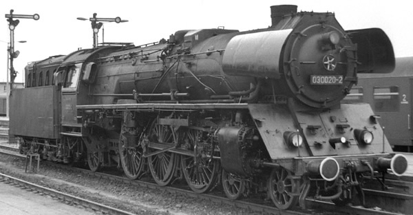 Roco 72183 - German Steam Locomotive BR 03 0075 of the DR