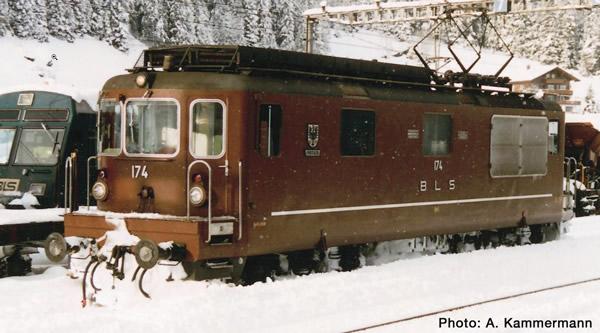 Roco 73780 - Electric locomotive Re 4/4, BLS