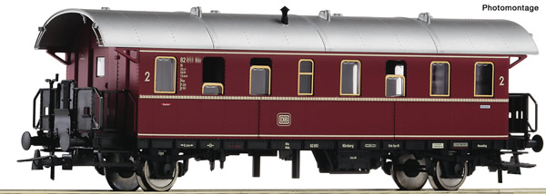 "Roco 74262 - German 2nd class passenger car ""Donnerbüchse"" of the DB"