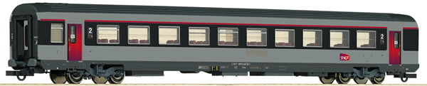 Roco 74543 - 2nd Class Open Seating Car Corail