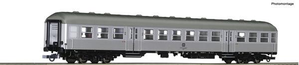 Roco 74588 - 2nd class commuter coach