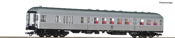 Roco 74590 - Commuter coach with control cab
