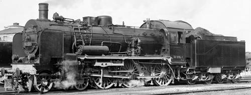 Tillig 02025 - German Steam Locomotive Class 38.10 of the DR