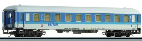 Tillig 13524 - 2nd Class Passenger Coach of the DB AG
