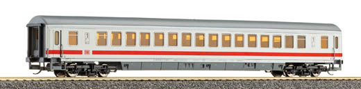 Tillig 13571 - Large Capacity Express Coach