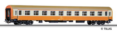 Tillig 74810 - 2nd class passenger caoch of the DR