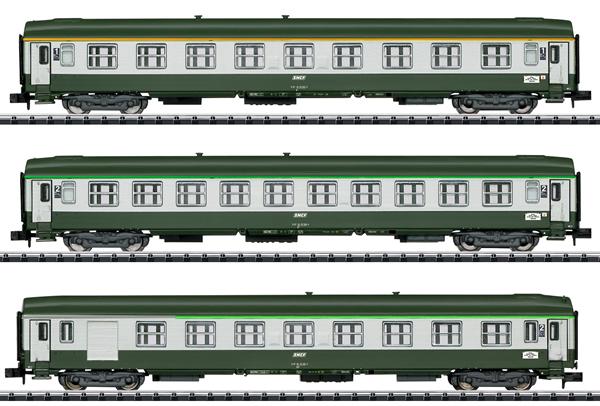 Trix 15372 - Orient Express Express Train Passenger 3-Car Set