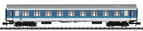 Trix 15486 - DR/GDR Type Y/B Express Train Passenger Car