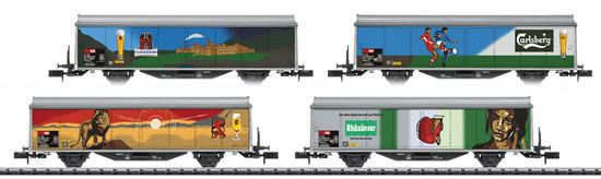 Trix 15610 - 2pc Sliding Wall Box Car Set Feldschlösschen
