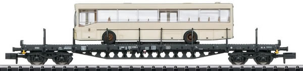 Trix 15862 - DB Freight Car with City Bus