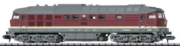 Trix 16234 - German Diesel Locomotive BR 132 of the DR