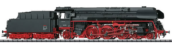Trix 22907 - German Steam Express Locomotive Class 01.5 with a Tender of the DR (DCC Sound Decoder)