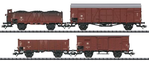 Trix 24128 - 4pc Freight Car Set