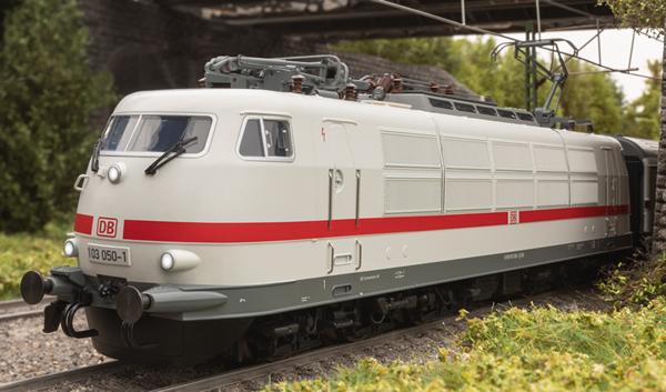 Trix 25050 - German Electric Locomotive Class 103.1 of the DB AG (DCC SOund Decoder)