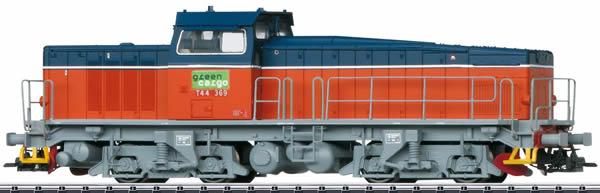 Trix 25945 - Swedish Diesel Locomotive Class T44 of Green Cargo