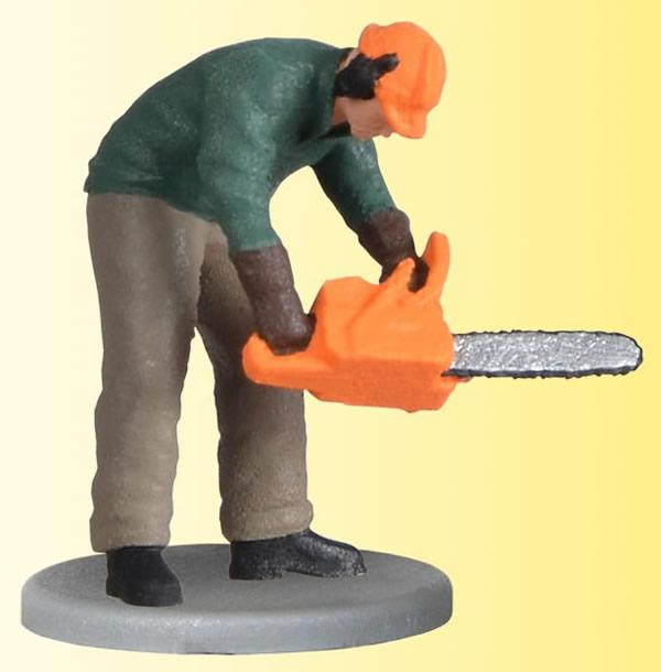 Viessmann 1548 - H0 Lumberjack with chain saw, moving