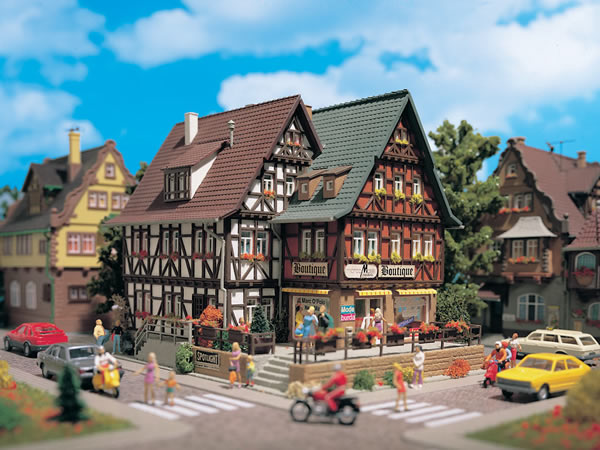 Vollmer 43694 - Boutique with interior and lighting, functional kit
