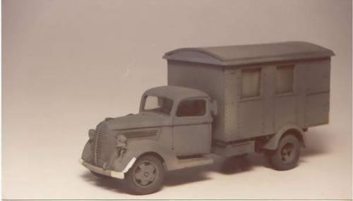 Wespe 48067 - FORD 917-STEEL CAB SHELTER